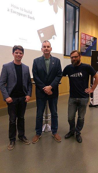 von links nach rechts: Georg Hauer (N26), Manfred Schieber, Andreas Kern (wikifolio)