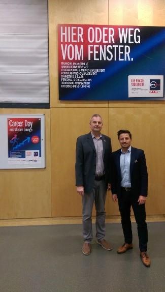 Manfred Schieber, MA MSc; Studiengangsleiter Management & Entrepreneurship und Markus Fischer, MA, Österreichische Post AG (v.l.n.r.)