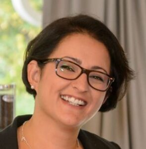 Frau Aziz-Trebesiner/Verkehrsbüro Group