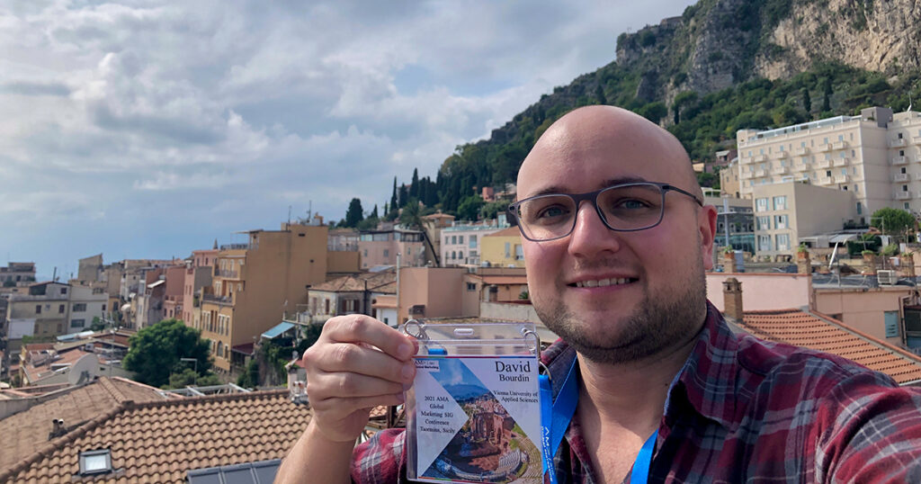 David Bourdin vom Cempetence Center for Marketing der FHWien der WKW auf der Konferenz der American Marketing Association 2021, Sizilien